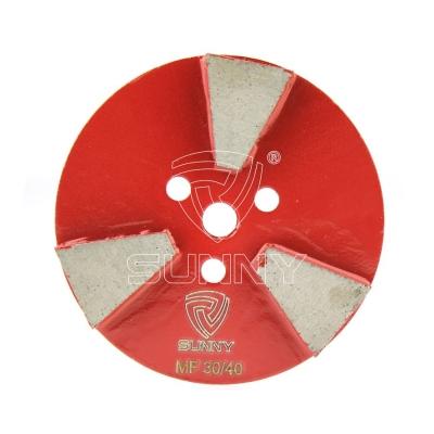 China 3 Segments Diamond Grinding Pucks For Concrete Floor Grinders